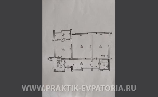 Продам просторную двухкомнатную квартиру 66 квм в доме новой постройки у моря, Евпатория.